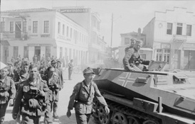 German forces arrive in Athens, May 1941
