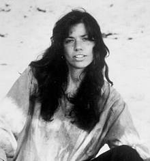 Carly Simon (1974).jpg
