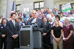 Rendell campaigning for re-election