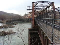 Bridge leading into Harpers Ferry from Maryland in February 2009