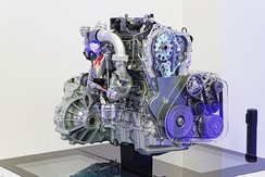Renault twin-turbo engine
