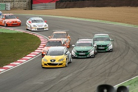 Previous generation BTC Touring cars racing at Brands Hatch, April 2006