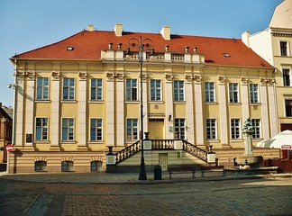 Main Library on the Old Market Square