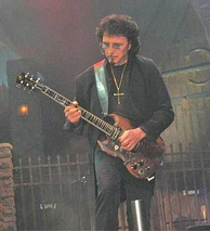 Tony Iommi in 2007 with Heaven & Hell