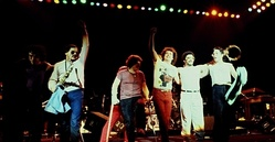Toto in 1982 in London at the Hammersmith Odeon. (Steve Porcaro, Jon Smith, Bobby Kimball, Steve Lukather, Lenny Castro, Jeff Porcaro)