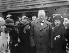 Churchill meets female workers at Georgetown's filling works near Glasgow in October 1918.