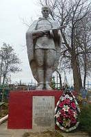 Памятник солдатам участвовавшим в Великой Отечественно войне.