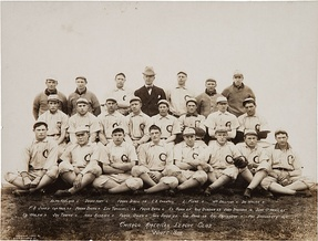 1906 White Sox, with club founder Charles Comiskey