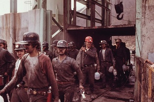 Coal miners leaving an American mine at the end of a shift (April 1974)