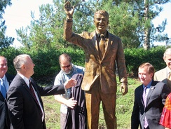 Rohrabacher and Ed Royce with Statue of President Ronald Reagan in Newport Beach, California in 2011