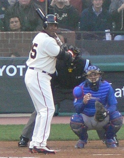 Bonds batting against the Chicago Cubs in 2006