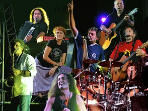 The Modena City Ramblers, in 2009 Combining genres and performing Celtic patchanka