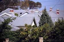 Крыши из гофрированных стальных листов