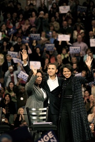 Winfrey joins Barack and Michelle Obama on the campaign trail (December 10, 2007).