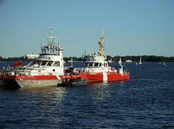 RCMP-CCG vessel Simmonds with CCGS Cape Hurd