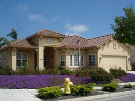 A single-family home valued at roughly $550,000 in Salinas, California.