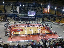 Olympiacos and Orléans warm up before a Euroleague game at the Peace and Friendship Stadium, in October 2009.