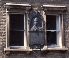 On the first floor of No. 6 King Edward Street is a portrait bust of former student and benefactor Cecil Rhodes.
