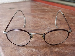 Glasses, c. 1920s, with springy cable temples