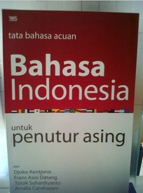 BIPA (Bahasa Indonesia bagi Penutur Asing) book, which helps foreigners to learn the Indonesian language effectively.