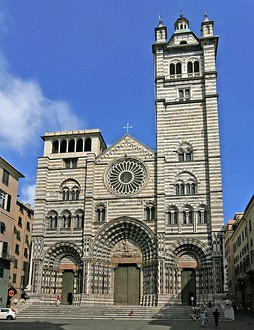 The facade of the Cathedral of Genoa has both round and pointed arches, and paired windows, a continuing Romanesque feature of Italian Gothic architecture.