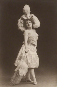 Lloyd on stage in the 1890s