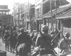 Japanese troops entering Shenyang, Northeast China during the Mukden Incident, 1931