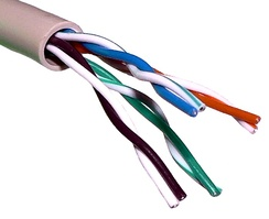 Unshielded twisted pair cable with different twist rates