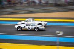 Ford GT40 alongside Chevrolet Corvette in 2015 Le Mans Legend