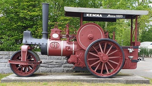 A early Kemna steamroller