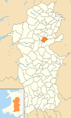 Location of Newtown and Llanllwchaiarn within Powys