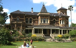 Rippon Lea Estate, in Australia has polychrome brickwork patterns.