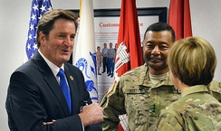 Garamendi speaks with generals during the District Commanders Course, 2015