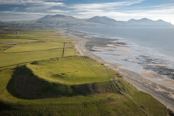 Dinas Dinlle, Wales