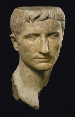 Portraits of Augustus show the emperor with idealized features