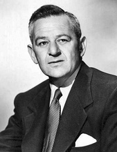 Black-and-white photograph of William Wyler.