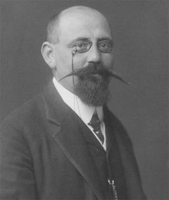 Karl Renner in 1905, Chancellor 12 November 1918 – 7 July 1920, President of the National Council 1931–1933