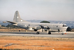 A P-3P Orion (s/n 14802) at Faro Airport in 1994