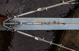 Turnbuckles on a support for a boat jetty
