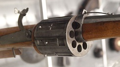 Detail of an 8-chambered matchlock revolver (Germany c. 1580)