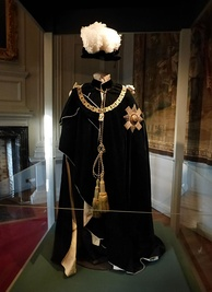 Vestments of a Knight of the Thistle