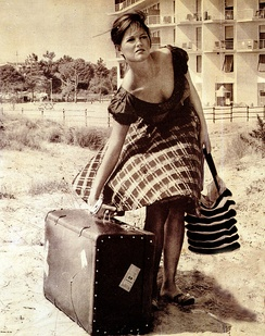 Cardinale in Girl with a Suitcase (1961)