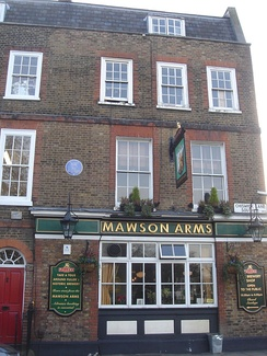 Mawson Arms, Chiswick Lane, with blue plaque to Pope