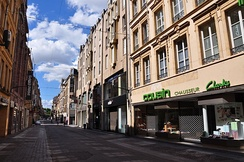 Rue Serpenoise, in the main pedestrian area.
