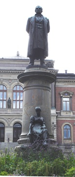 Statue of Geijer at Universitetsparken in Uppsala