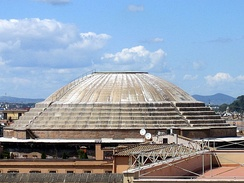 Exterior of the Roman Pantheon, finished 128 AD, the largest unreinforced concrete dome in the world.[1]