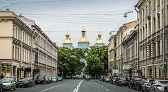 Street leads to St. Nicholas Naval Cathedral