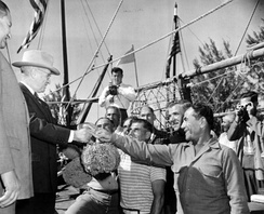 Truman with Greek-American sponge divers in Florida, 1947