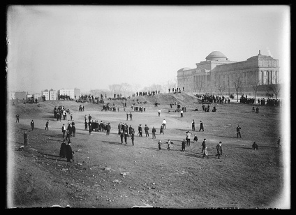 View of Eastern Parkway looking toward the Brooklyn Museum, cellulose nitrate negative photograph by Eugene Wemlinger c. 1903–1910 Brooklyn Museum