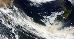 Smoke from the Black Saturday bushfires crosses the southern Tasman Sea